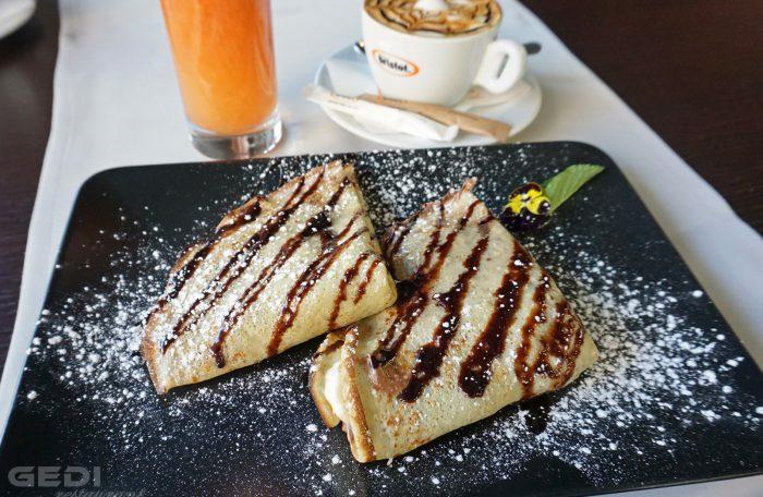 Clatite cu ciocolata (Finetti) si banane